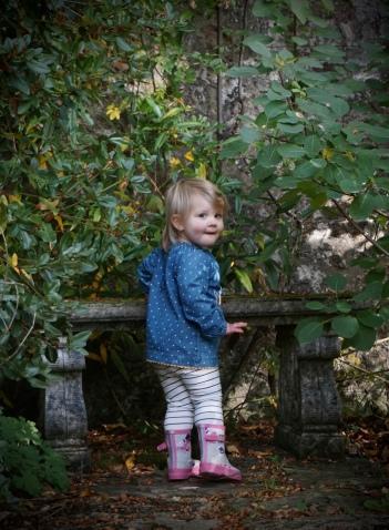 Walled garden. Not Olan Mills pic.